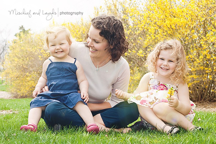 Spring Sunshine - Northern KY Family Photographer