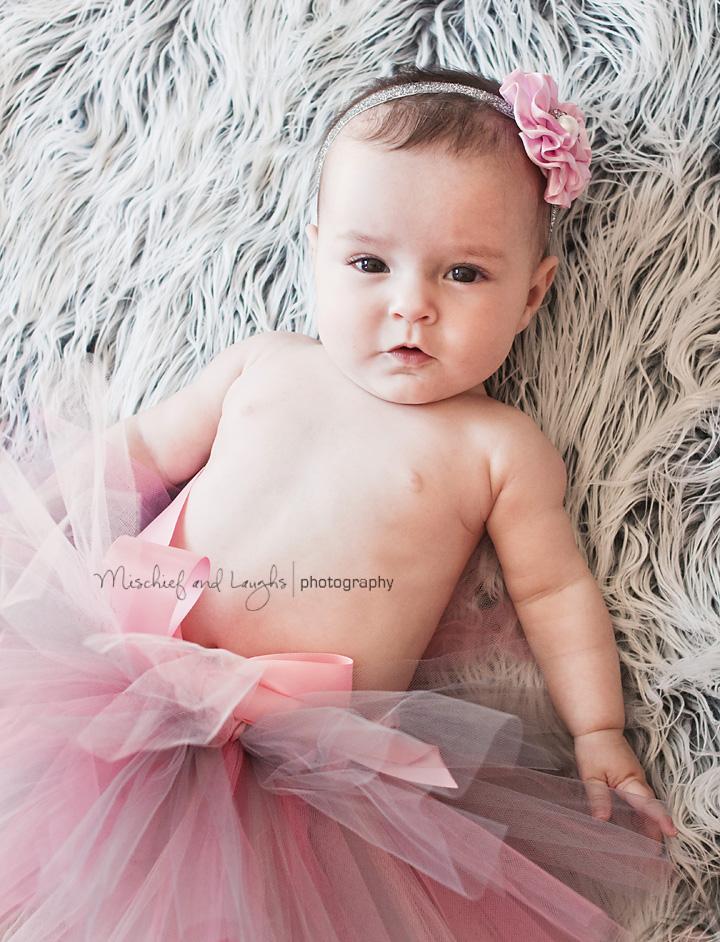 Cincinnati Baby has her photo taken