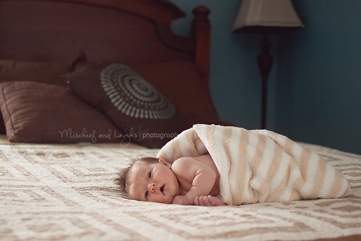 Full of Thanks - Cincinnati Newborn Photographer