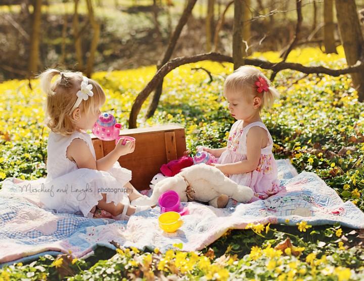 Little Friends {Cincinnati Child Photographer}