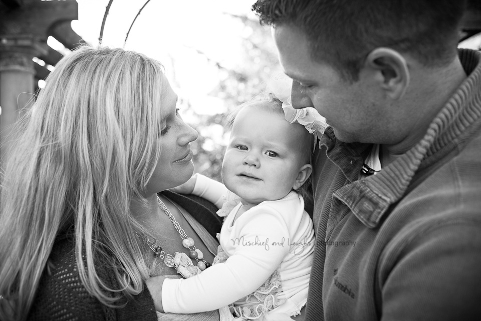 outdoor family photography in classic black and white