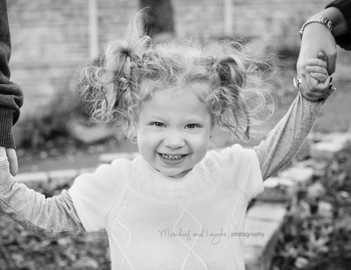 Fall Leaves and Warm Hearts {Cincinnati Family Photographer}