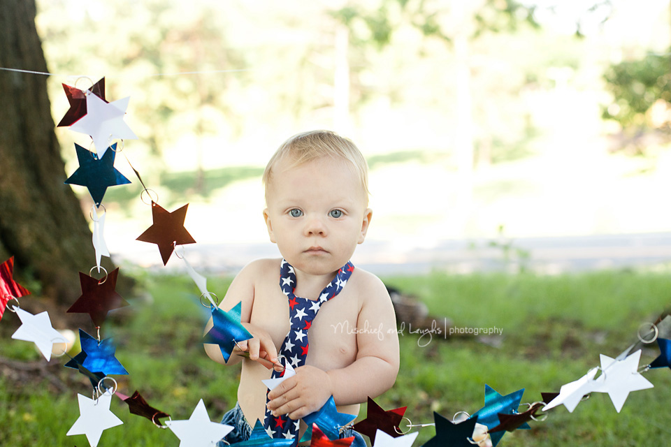 red white and blue themed first birthday session