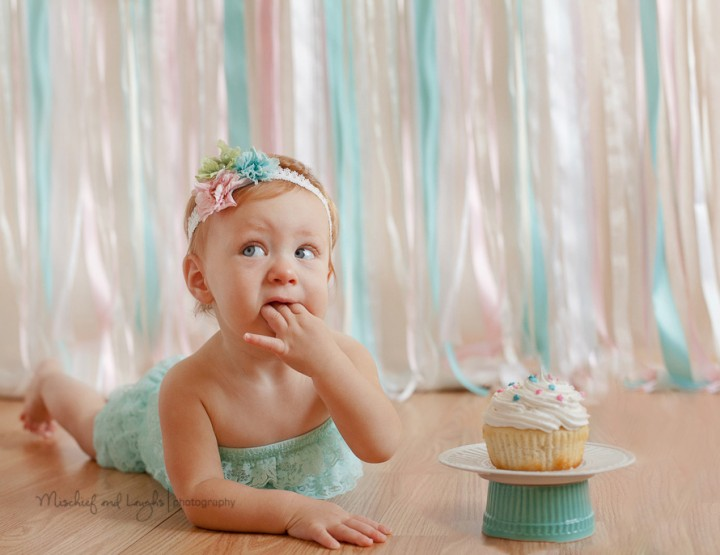 Sweet and Sassy Cincinnati Cake Smash, First Birthday Photographer