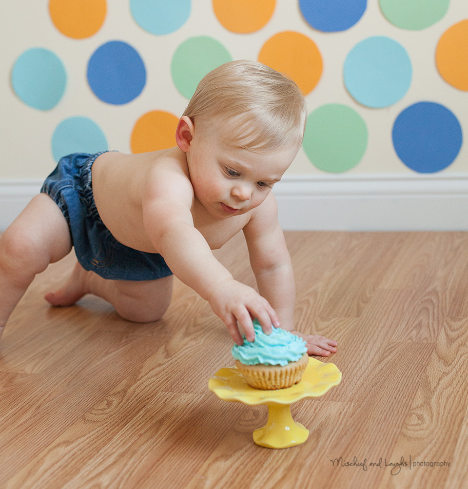 Baby Boy Cake Smash ideas; Mischief and Laughs Photography, Cincinnati OH