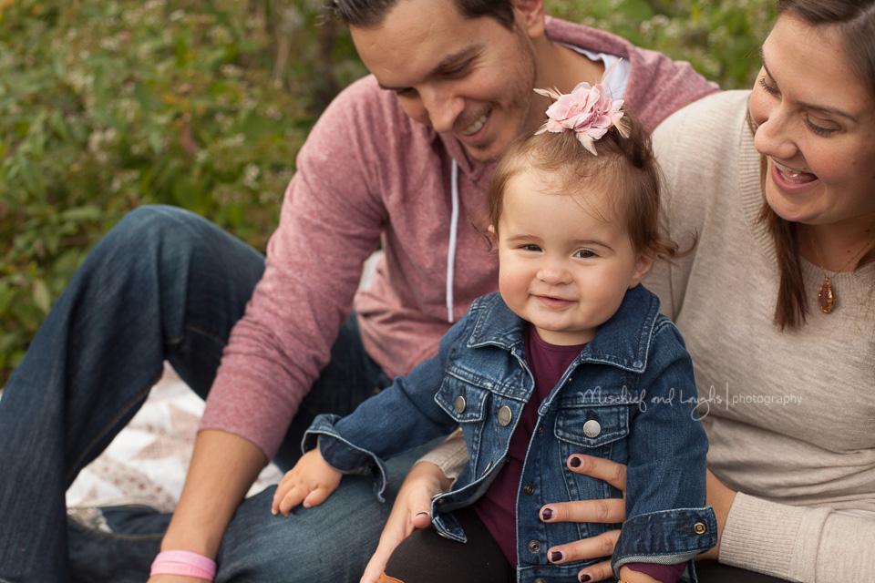 Family Posing Ideas; Mischief and Laughs, Cincinnati OH