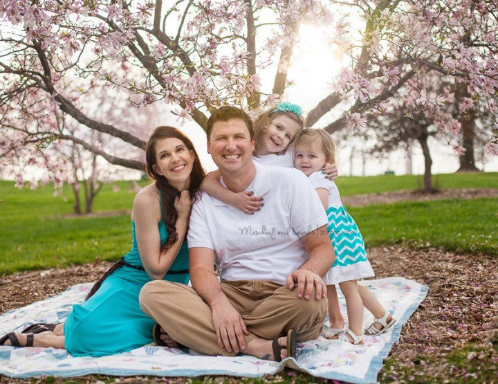 Spring Breezes, Northern Kentucky Family Photographer