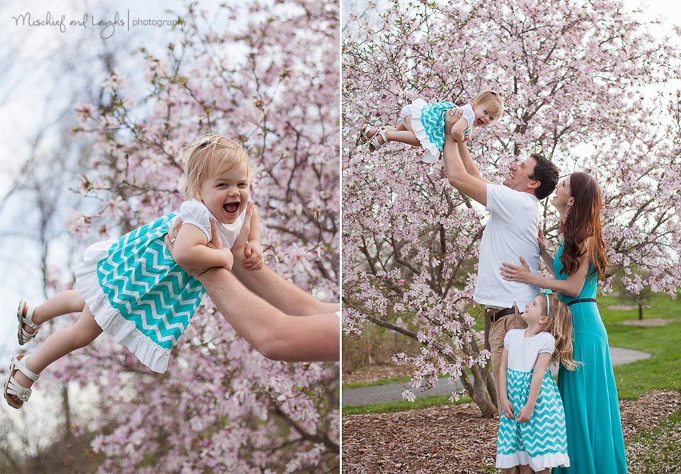 Fun Family picture idea! - Mischief and Laughs Photography, Northern Kentucky