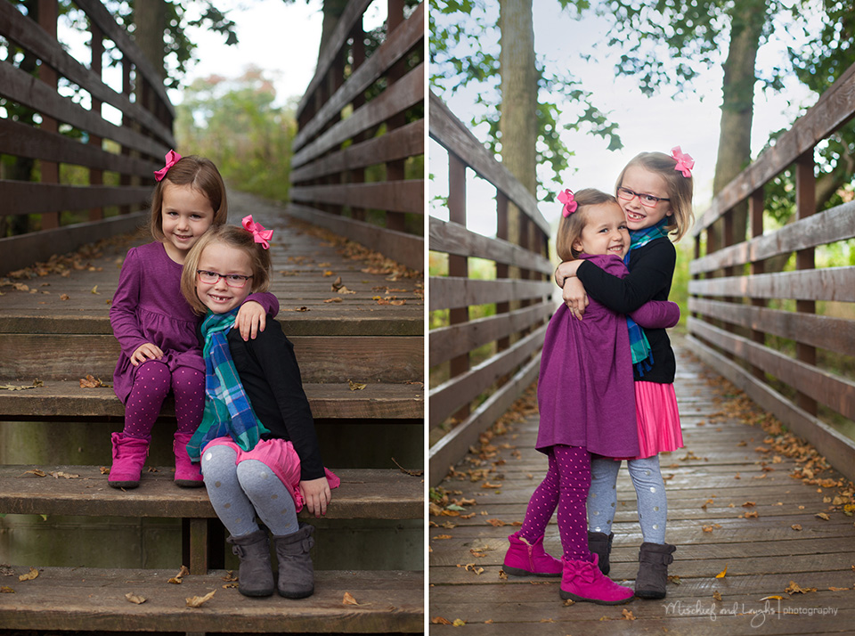 Cute pose for sisters, Cincinnati Child Photography, Mischief and Laughs