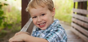 fun filled child portraits in Cincinnati, OH. Mischief and Laughs Photoraphy