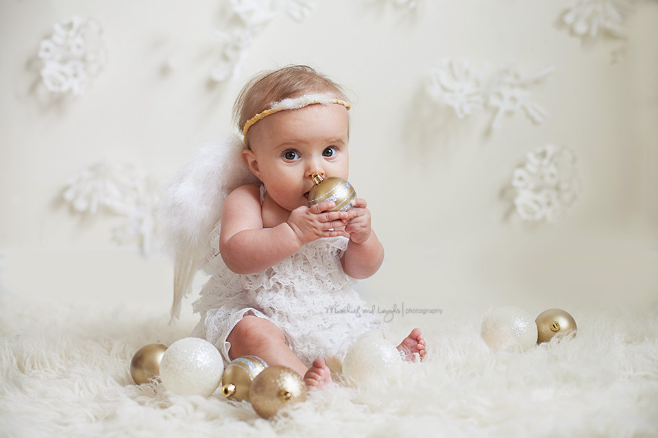 Christmas Mini Sessions Cincinnati OH Mischief And Laughs Photography