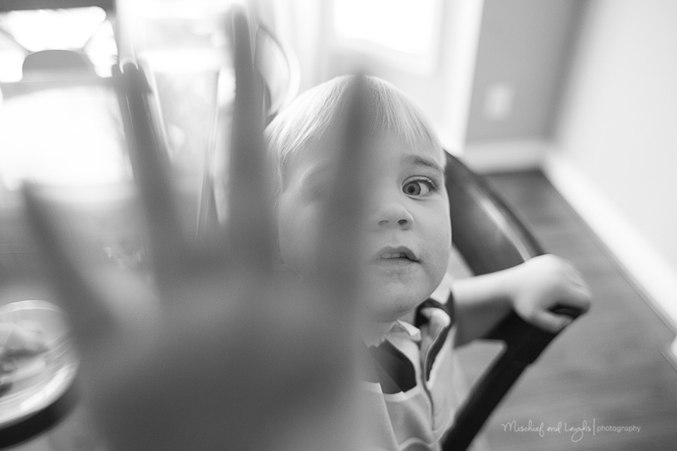 Candid children's photos, Cincinnati Lifestyle Photographer, Mischief and Laughs