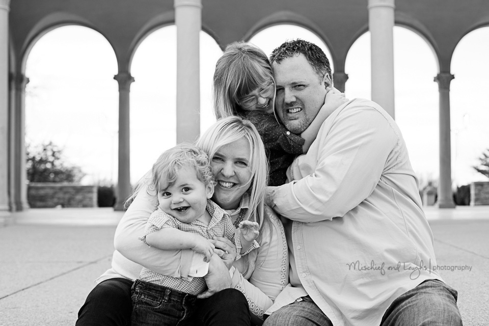 Family Photos Outdoors, Cincinnati Family Photographer, Mischief and Laughs