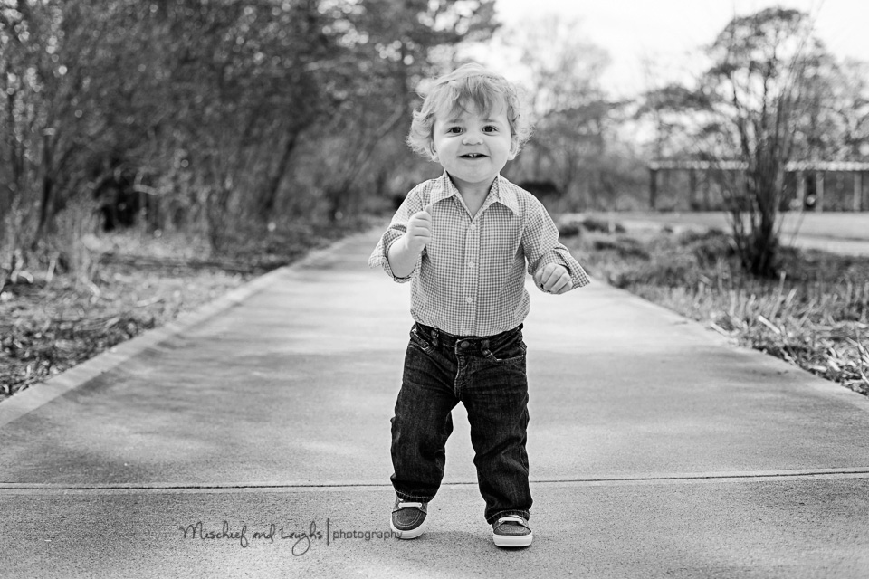 First Birthday Photos Outdoors, Cincinnati Family Photographer, Mischief and Laughs