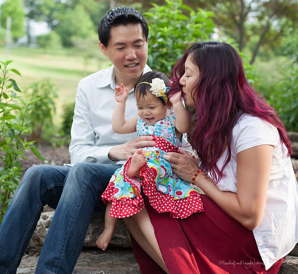 First birthday photos, Cincinnati Family Photographer, Mischief and Laughs Photography