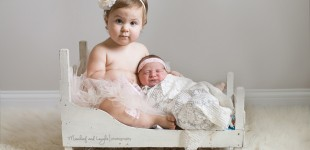 Newborn with Sibling photos, Mischief and Laughs Photography, Cincinnati OH