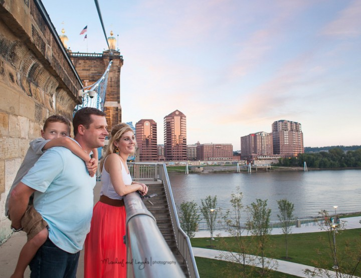 On the Banks, Rochester NY Family Photographer