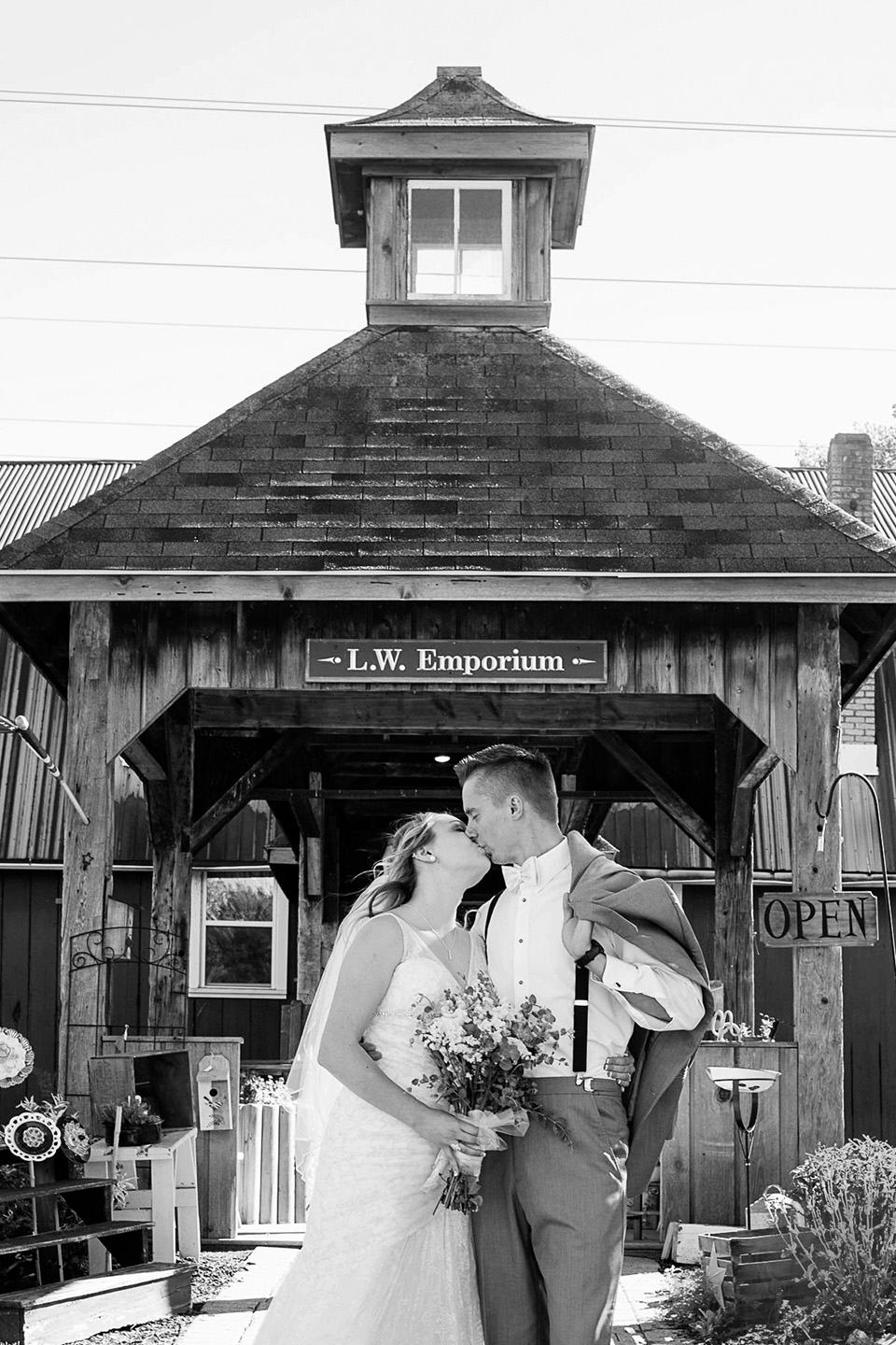 Finger Lakes Wedding Photographer, Mischief and Laughs Photography