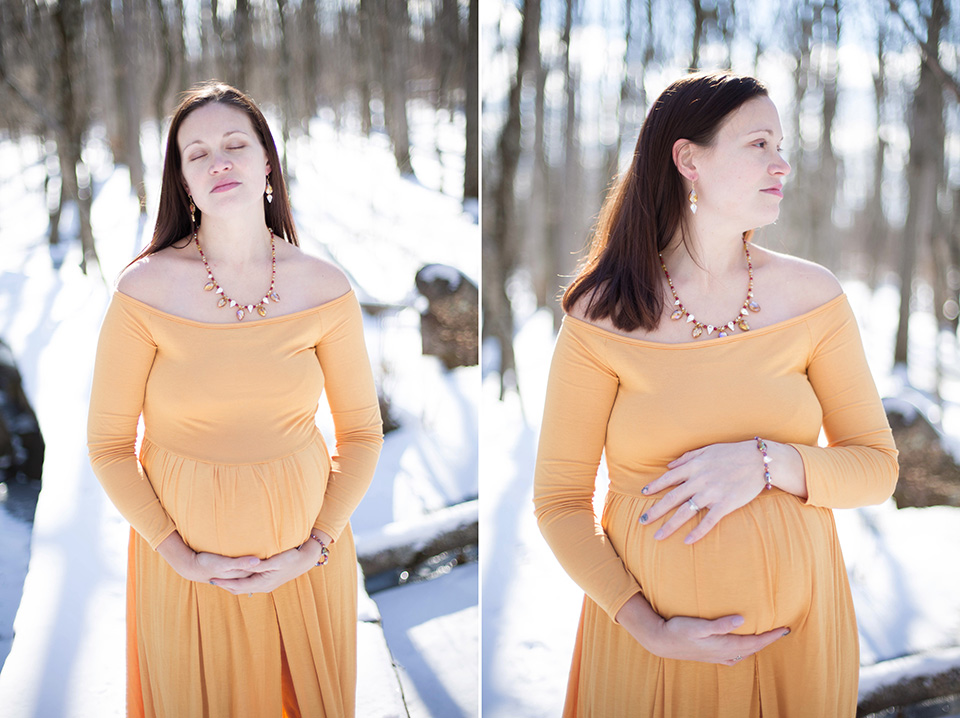 Finger Lakes Maternity Photographer, Outdoor maternity session in the snow