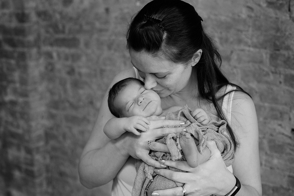 mom and baby newborn photo, baby photographer Rochester NY, Mischief and Laughs Photography