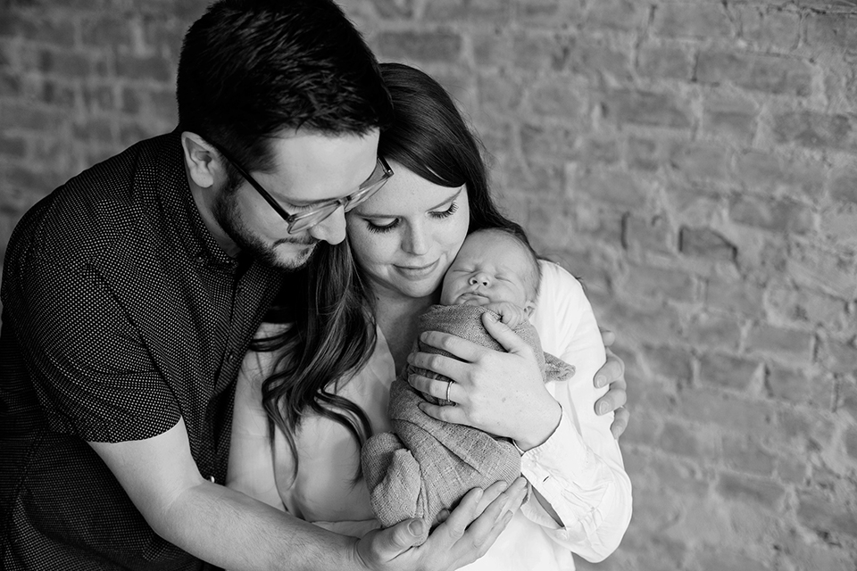 family photos with newborn baby, Rochester NY newborn photos, Mischief and Laughs Photography