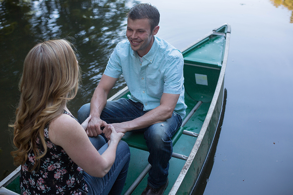 Canoe engagement session, Bloomfield NY. Finger Lakes wedding and engagement photographer, Mischief and Laughs