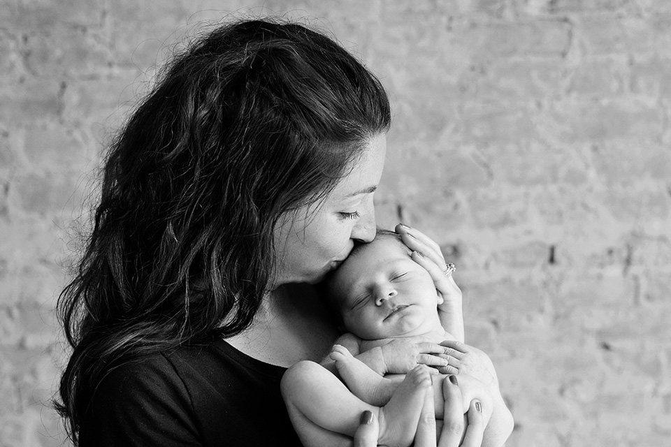 Newborn with parents, Rochester Newborn Photographer, Mischief and Laughs Photography