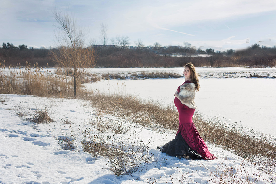 snowy maternity photo session, Canandaigua NY
