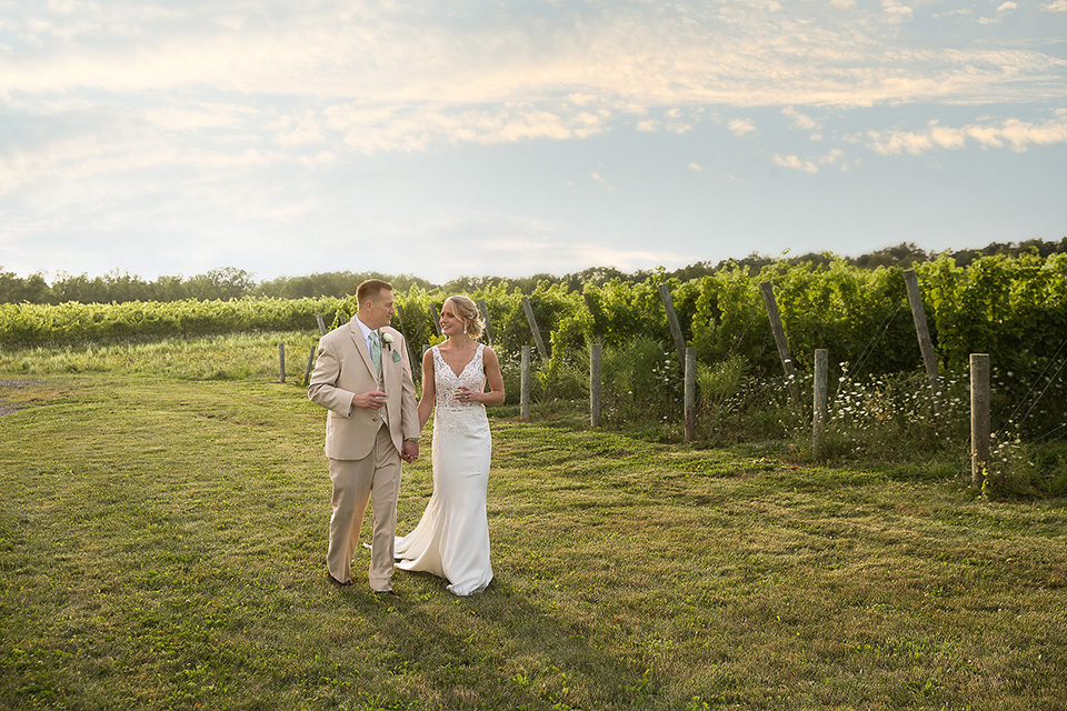 Vineyard wedding on Seneca Lake, Finger Lakes photographer