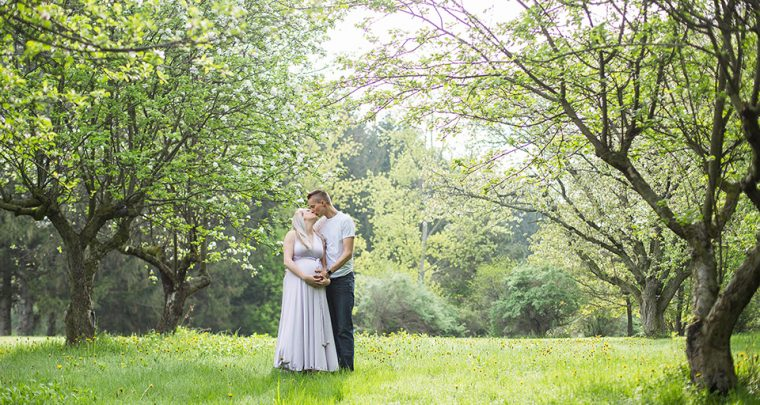 Blooming, Cincinnati Maternity Photographer