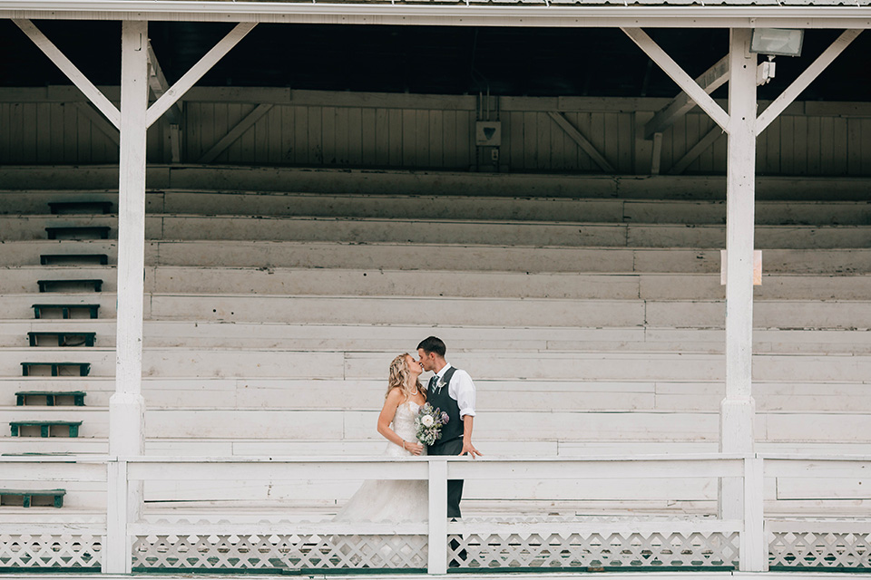 Fairgrounds wedding, bride and groom, Cincinnati OH