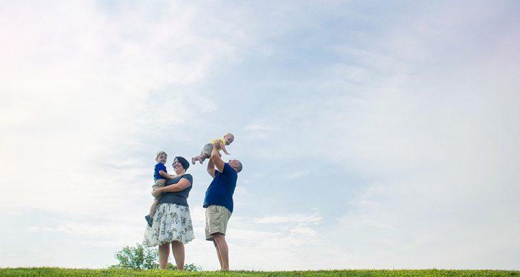 Keep the Babies Happy, Cincinnati Family Photographer