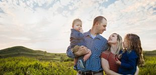 Cincinnati Family Photographer, Voice of America Park Photo Session