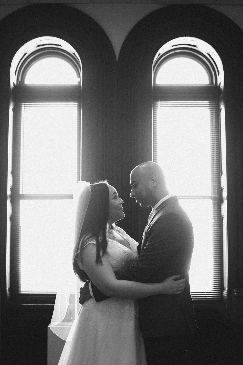 dramatic wedding photos, cincinnati wedding photographer