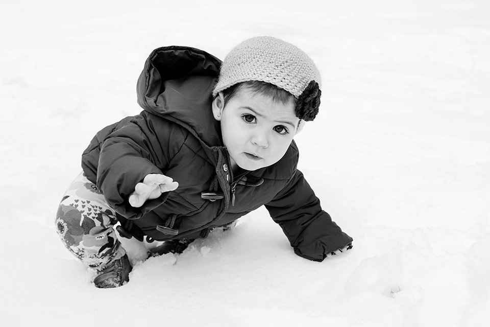 baby pictures in the snow