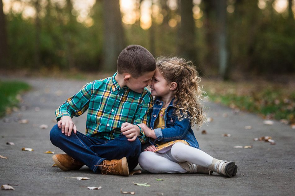 sibling photo session, Cincinnati family photographer