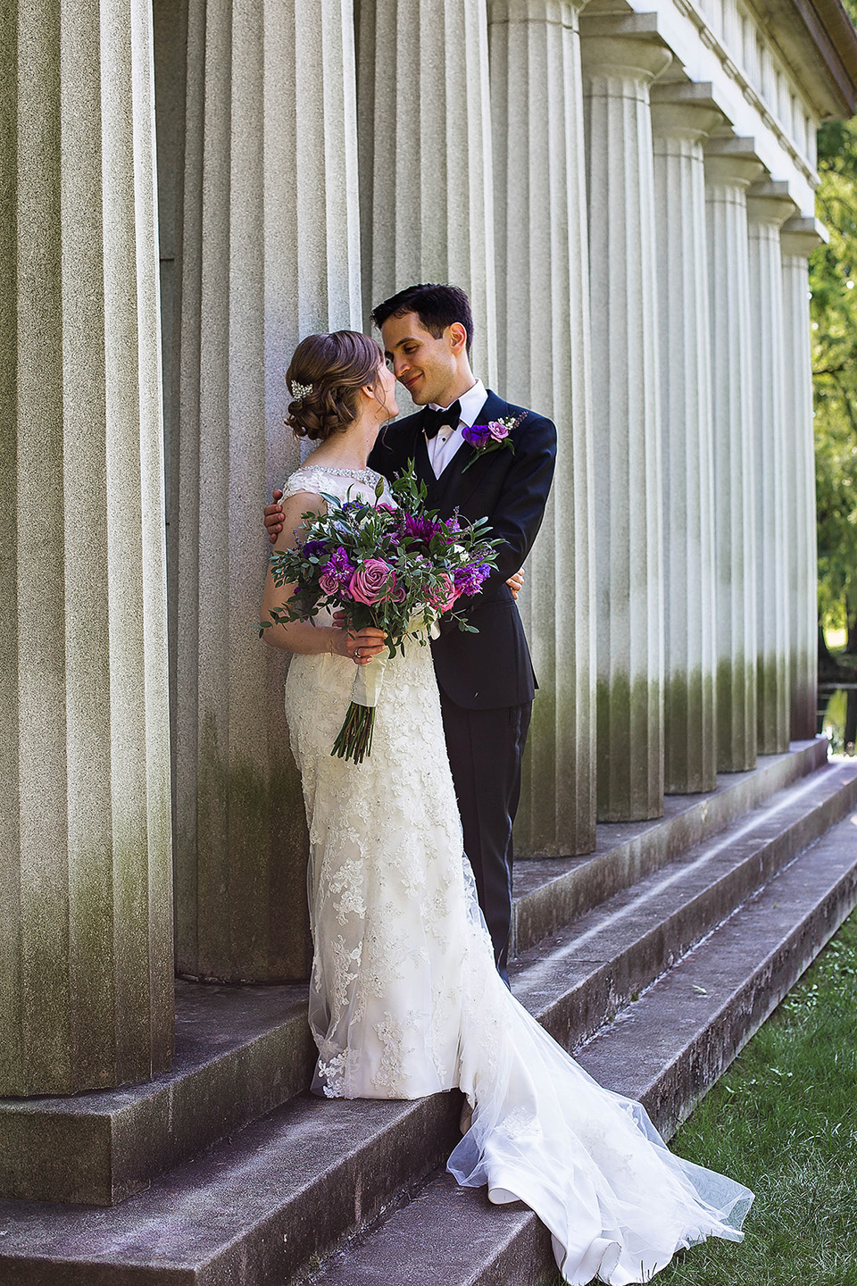 Spring Grove wedding portrait at columns in Cincinnati OH