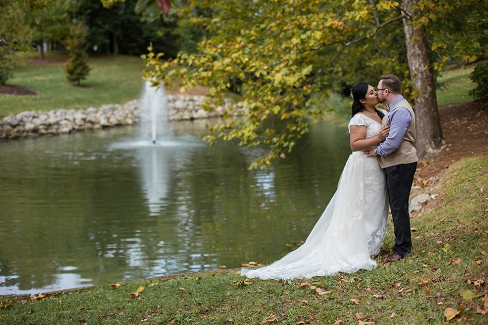 Cincinnati wedding photographer, portraits outdoors