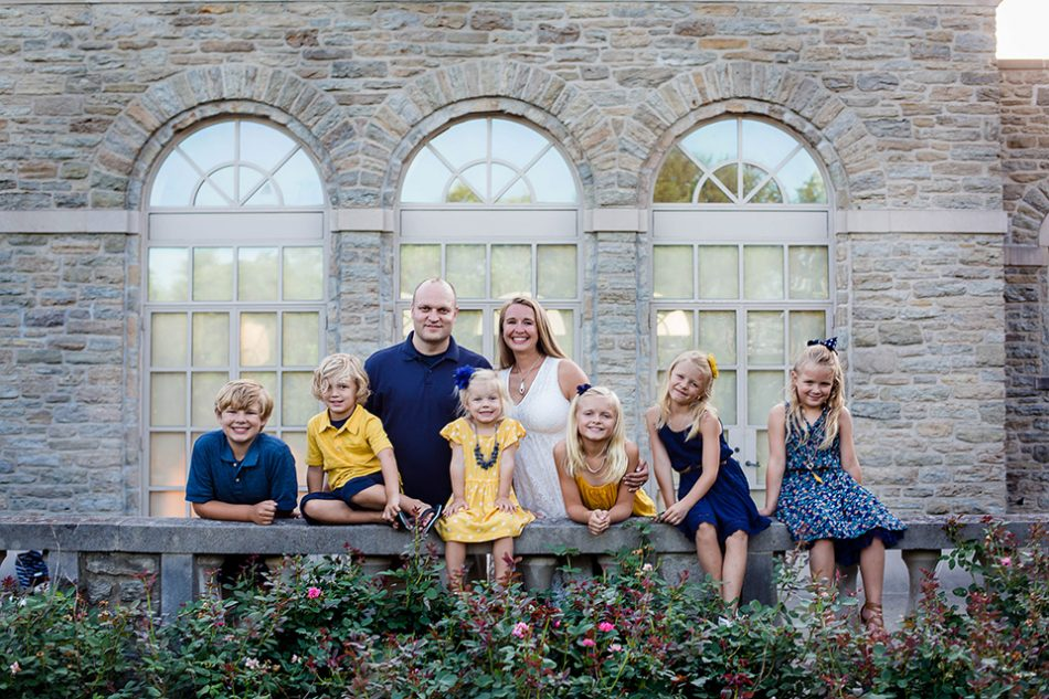 Large family pictures in Cincinnati OH