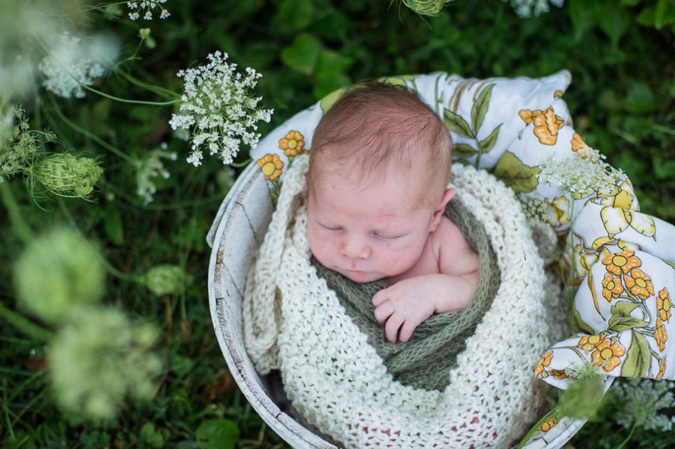 portraits outdoors, Cincinnati newborn photographer
