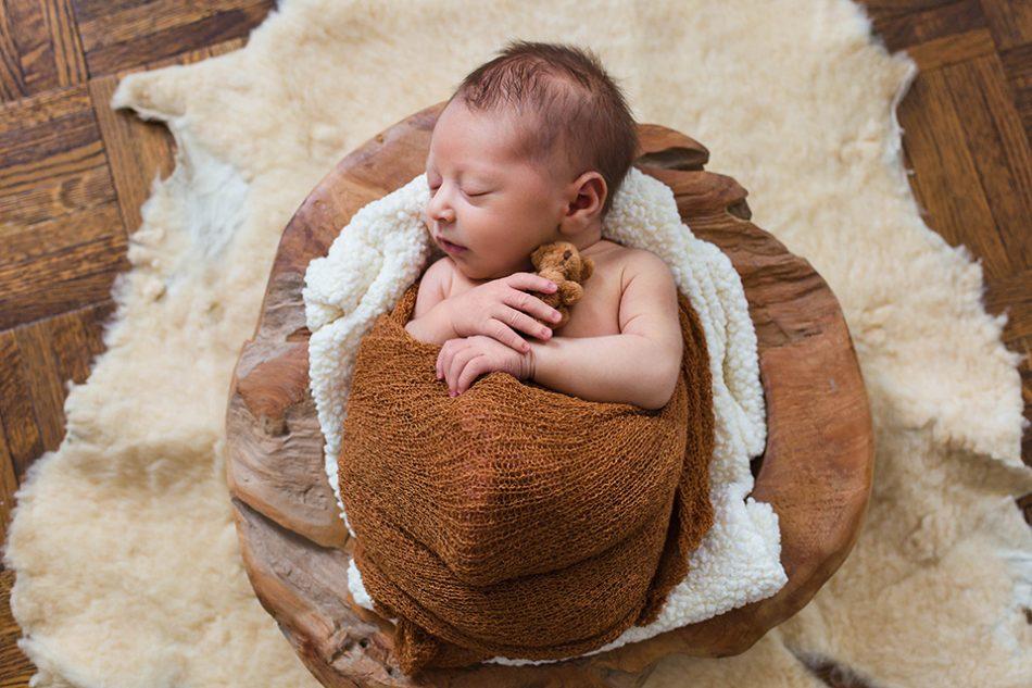 Classic newborn pictures, Cincinnati Newborn Photographer