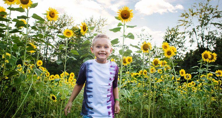 Fun + Sun(flowers) - Cincinnati Children's Photographer