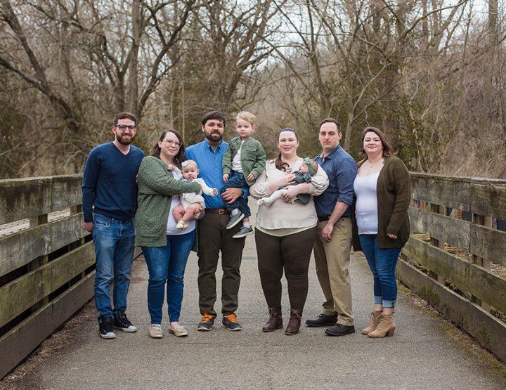 Sibling Love - Cincinnati Extended Family Photos